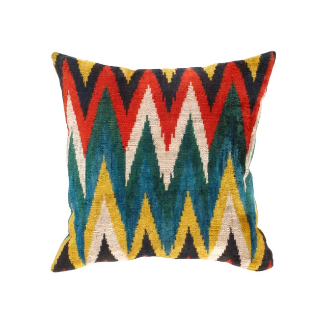 Boho Chic Contemporary Pasargad Oasis Collection Silk Velvet Ikat Pillow - 20ʺ × 20ʺ For Sale - Image 3 of 4