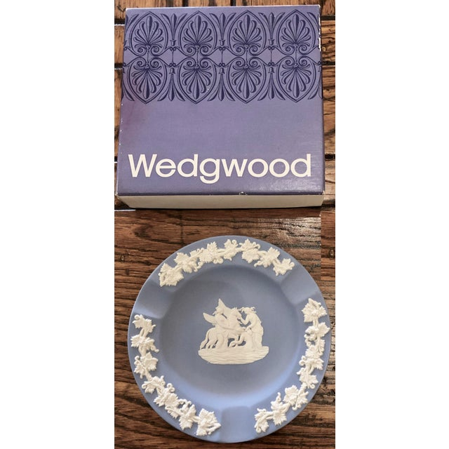 Wedgwood Jasperware Pale Blue Round Ashtray Queensware With Original Box For Sale - Image 9 of 9
