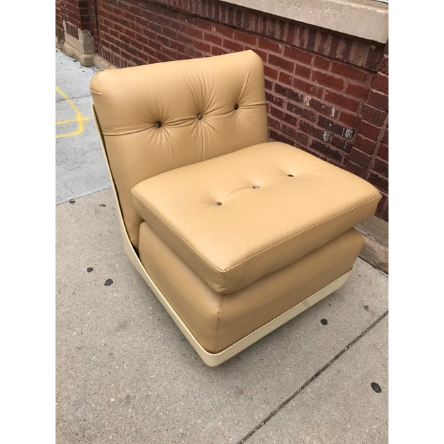 1970s Vintage Mid Century Modern Mario Bellini for B&b Italia Amanta Chairs Newly Upholstered - Set of 2 For Sale - Image 5 of 7