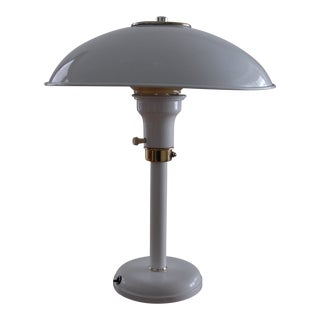 Mid-Century White Metal Desk Lamp With Brass Accents For Sale