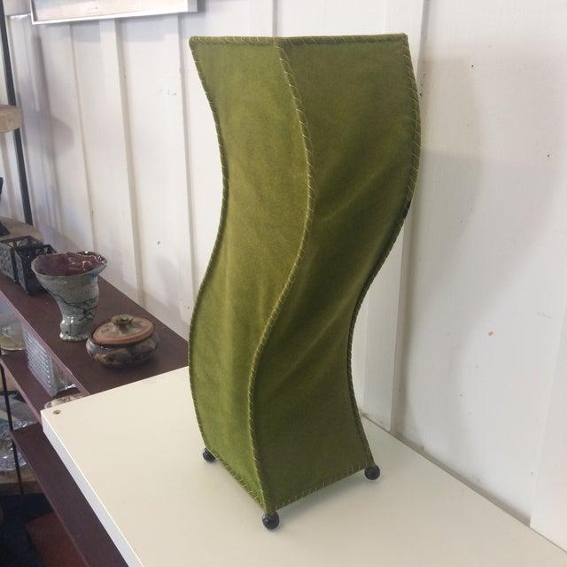 Mid-Century Moss Green Velvet Table Lamp For Sale - Image 4 of 11