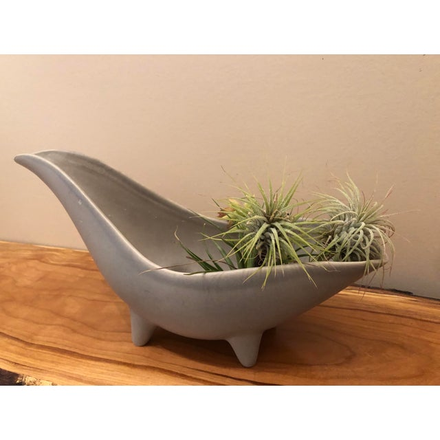 Ceramic Mid-Century Modern Gray Footed Ceramic Planter For Sale - Image 7 of 9