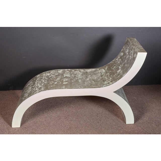 Mid-Century Modern White Lacquered Sculptural Chaise Lounge For Sale - Image 10 of 10