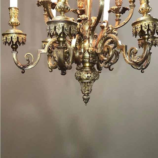 Early 20th Century Antique French Louis XIV Bronze Chandelier For Sale - Image 5 of 13