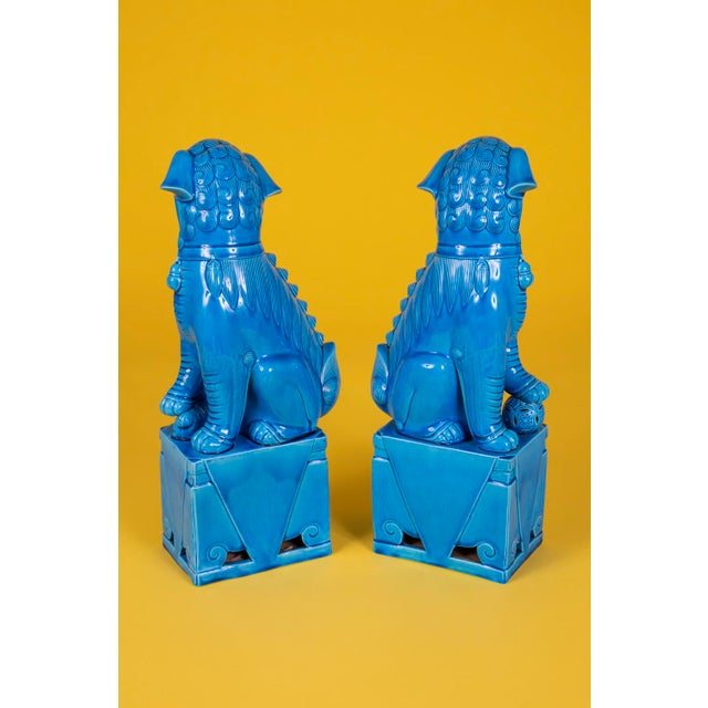 Oversize Pair of Vintage Turquoise Foo Dogs For Sale - Image 9 of 10
