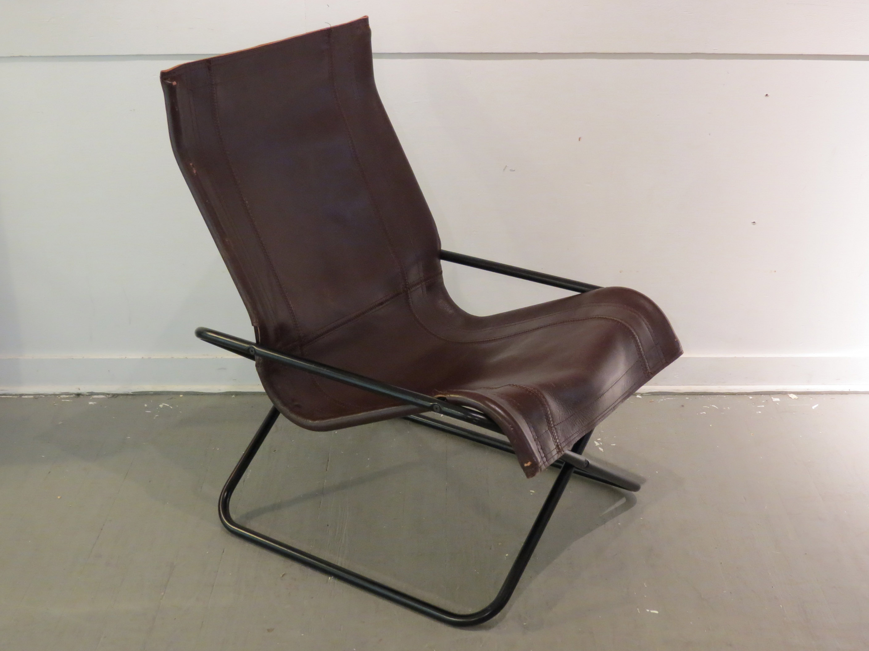 Etonnant Vintage MCM Uchida Leather Sling Chair   Image 2 Of 11