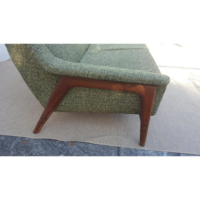 """DUX Mid-Century Modern """" Dux """" of Sweden Sofa For Sale - Image 4 of 12"""