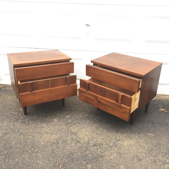 Mid-Century Modern Nightstands - A Pair - Image 3 of 10