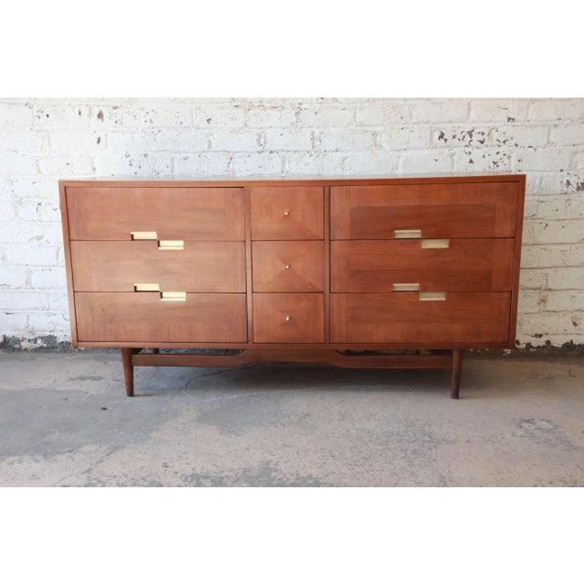 Merton Gershun for American of Martinsville Mid-Century Modern Walnut Long Dresser or Credenza For Sale - Image 11 of 11