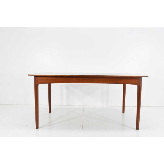 Mid-Century Modern Rosewood and Teak Dining Table by Worts Mobler For Sale - Image 3 of 11