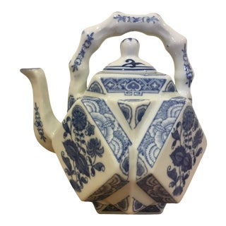 Vintage Blue and White Octagonal Teapot For Sale