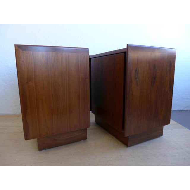 Dillingham Dillingham Walnut Nightstands - A Pair For Sale - Image 4 of 11