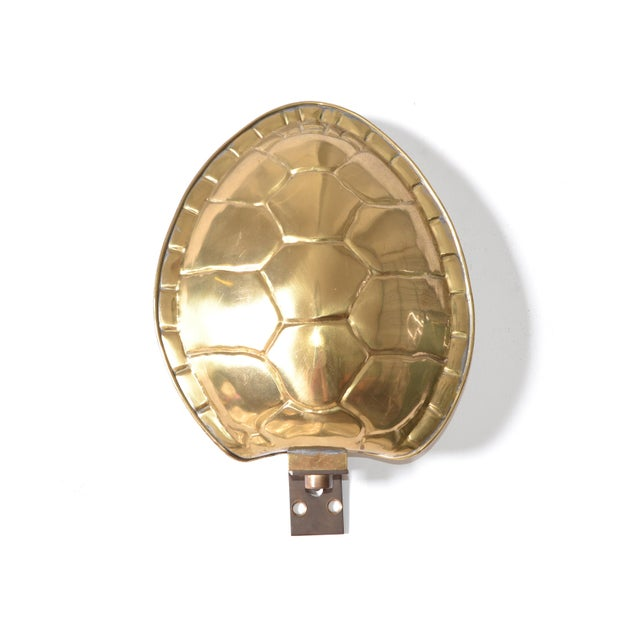Chapman Manufacturing Company Chapman Polished Brass & White Enamel Tortoise Shell Sconce, Wall Light, Usa 70s For Sale - Image 4 of 13