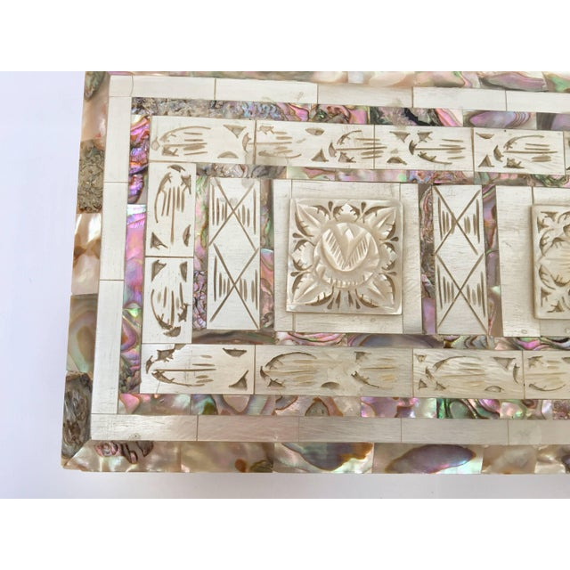 Middle Eastern Abalone and Mother-Of-Pearl Inlay Large Rectangular Box For Sale - Image 9 of 13
