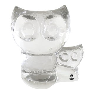 Mid-Century Pukeburg Swedish Glass Owls Paper Weight For Sale