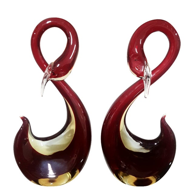 Murano Cranberry Swans - A Pair - Image 1 of 8
