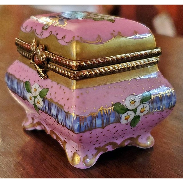 Vintage Limoges Sarcophagus Ring Box For Sale - Image 9 of 12
