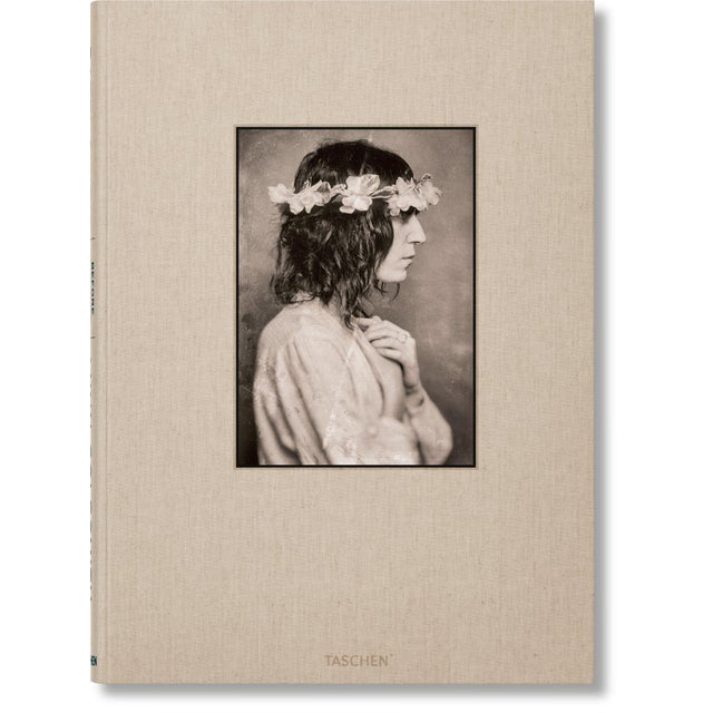 """Beige """"Patti Smith"""" by Lynn Goldsmith Photography Collection Autographed Collector's Edition For Sale - Image 8 of 8"""