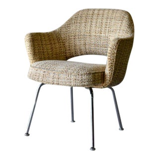 Mid Century Modern Knoll Saarinen Armchair For Sale