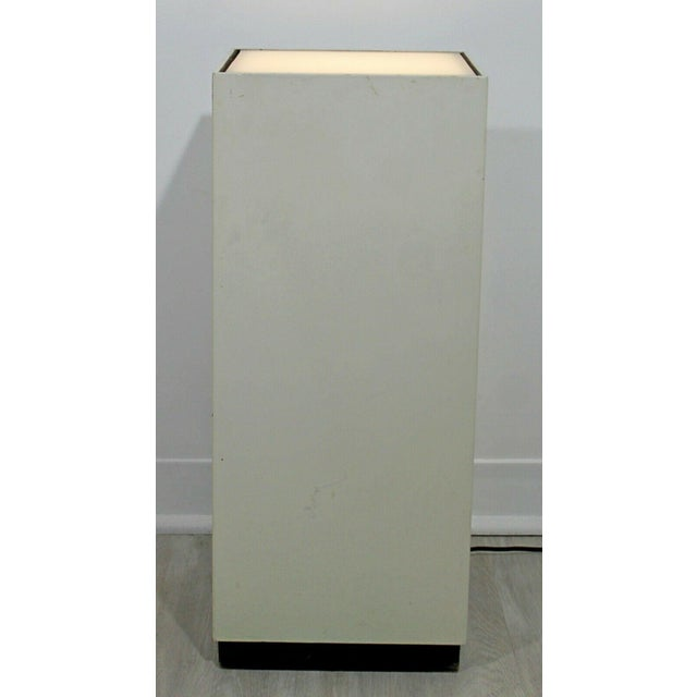 Modern Contemporary Modern Square Lighted Display Pedestal Table For Sale - Image 3 of 10