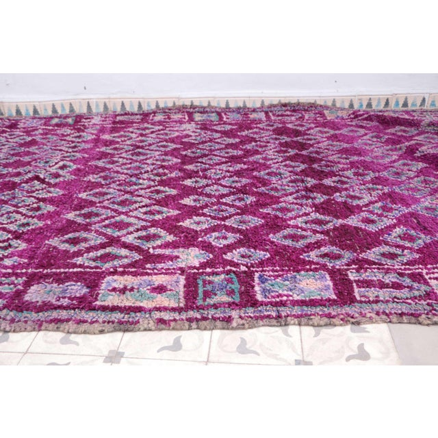 "Boho Chic Vintage Boujad Moroccan Rug - 6'2"" x 9'10"" For Sale - Image 3 of 4"