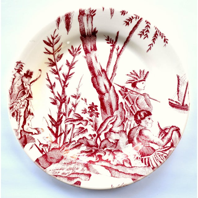 """Ceramic French Gien & Pierre Deux """"Lafayette"""" Pattern Red Americas Toile Plate For Sale - Image 7 of 7"""