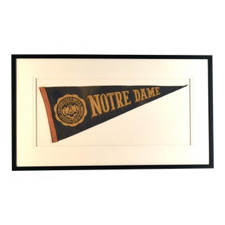 1960s Americana Notre Dame University Pennant For Sale