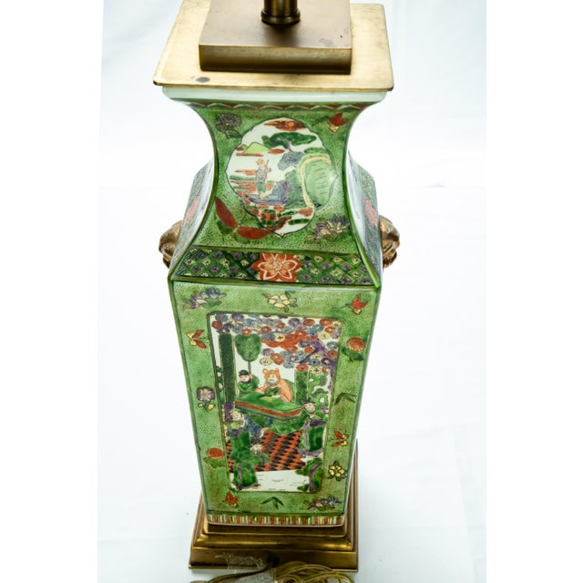 Vintage Chinese Rose Medallion Hand Painted Table Lamp For Sale - Image 10 of 13