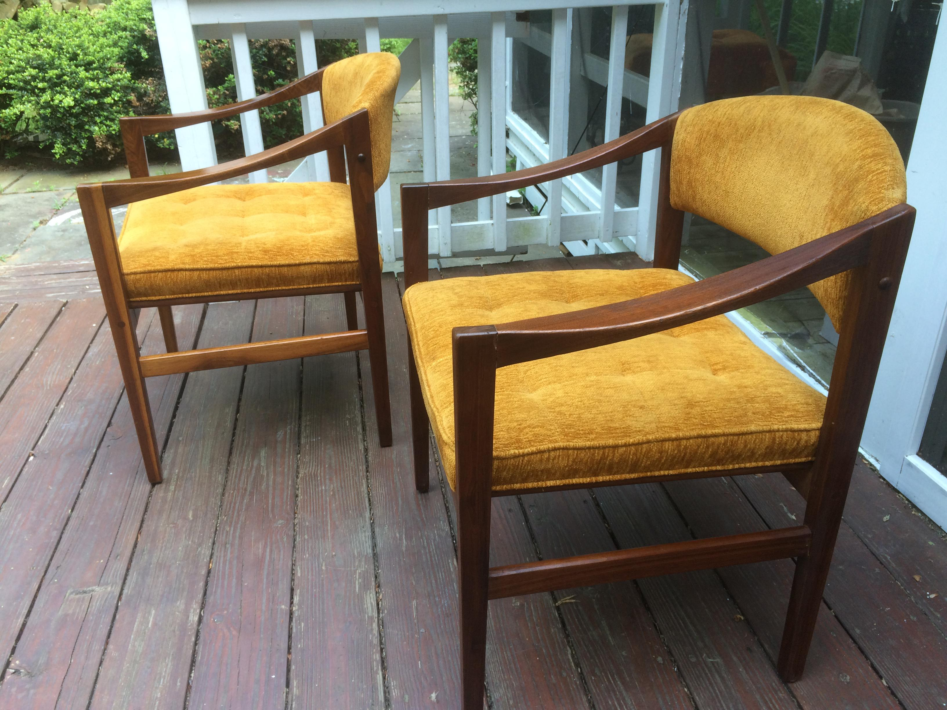 Mid Century Monarch Furniture Armchairs   Set Of 4   Image 9 Of 11