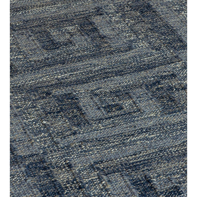 MANSOUR Swedish Flat-Weave Inspired Handwoven Wool Rug For Sale - Image 4 of 6