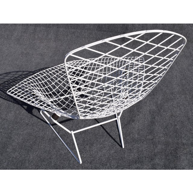 "Mid-Century Modern ""Bird"" Chair by Harry Bertoia for Knoll For Sale - Image 7 of 8"