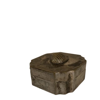 Vintage Silver Shell Keepsake Box For Sale