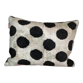 Contemporary Black Poka Dot Pillow Case For Sale