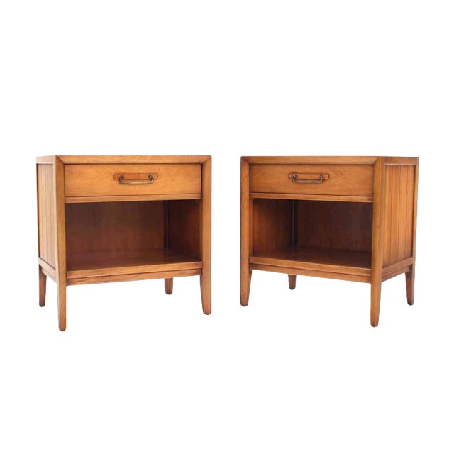 Pair of Mid-Century One Drawer Nightstands by Drexel For Sale