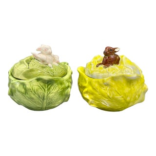 20th Century Cottage Green Holland Mold Cabbage and Rabbit Covered Bowls - a Pair For Sale
