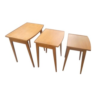 1960s Mid-Century Modern Walnut Nesting Tables - Set of 3 For Sale
