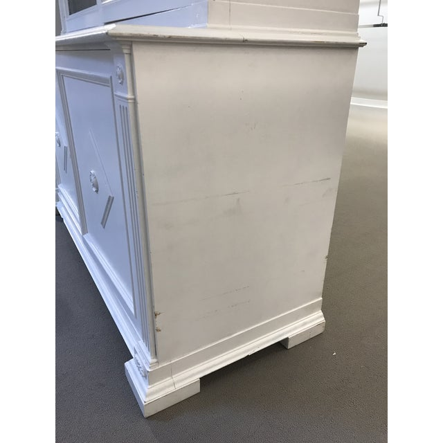2000 - 2009 Milling Road White China Cabinet For Sale - Image 5 of 13