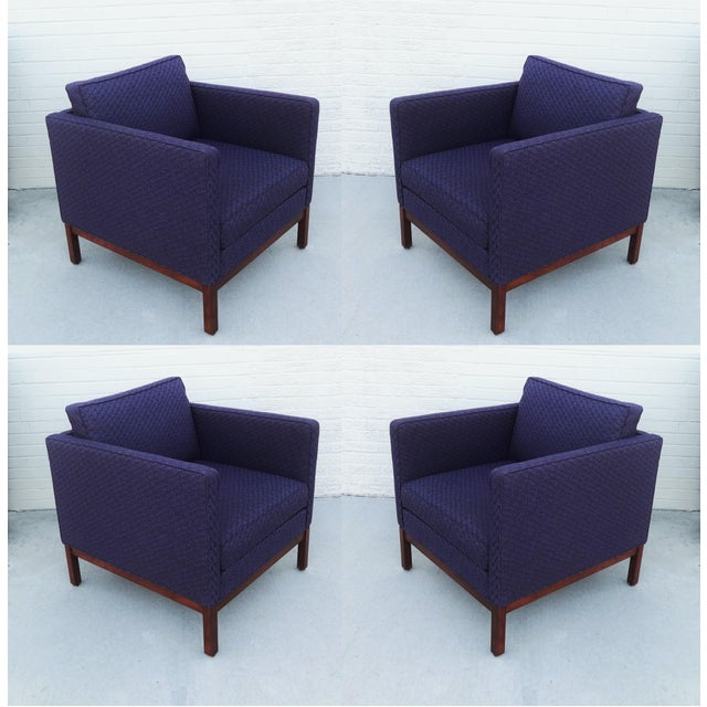 Set of Four Florence Knoll Style Lounge Chairs, Two Ottomans With Wood Bases For Sale - Image 10 of 10