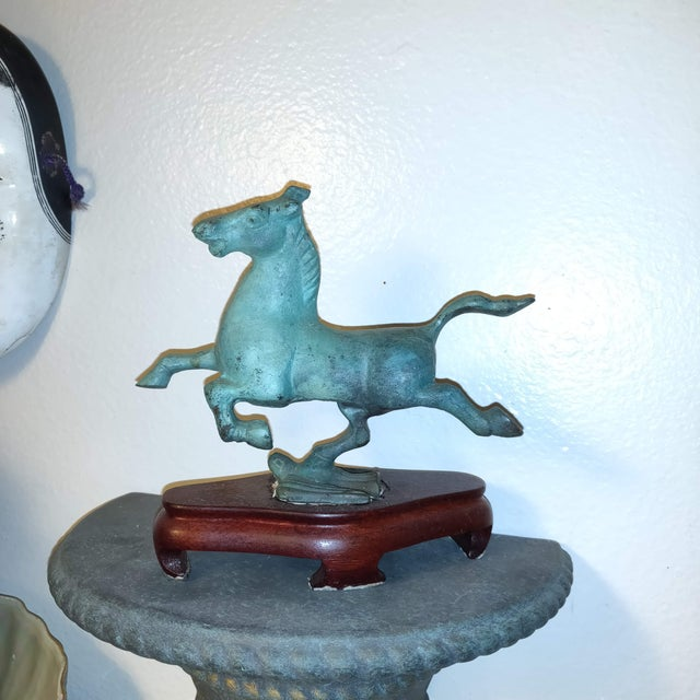 Bronze 1990s Chinese Replica Figurine of the Flying Horse of Gansu For Sale - Image 7 of 8