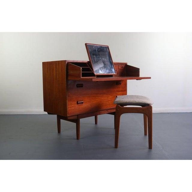Borge Mogensen for Søborg Møbelfabrik Teak and Oak Chest Vanity / Short Dresser, Denmark For Sale - Image 9 of 10