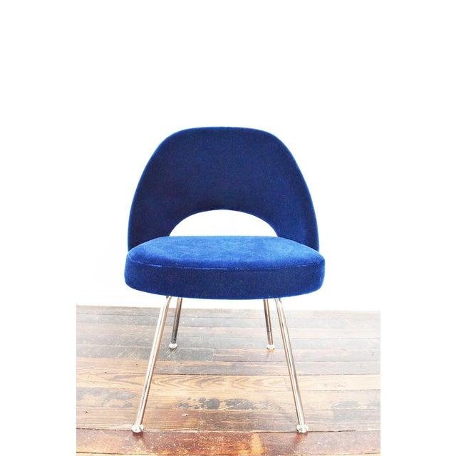 Knoll Eero Saarinen Armless Executive Chair For Sale - Image 9 of 12