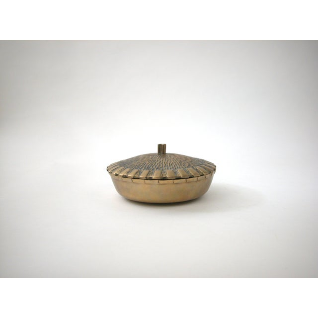 Brass Bowl with Faux-Thatch Lid - Image 4 of 8