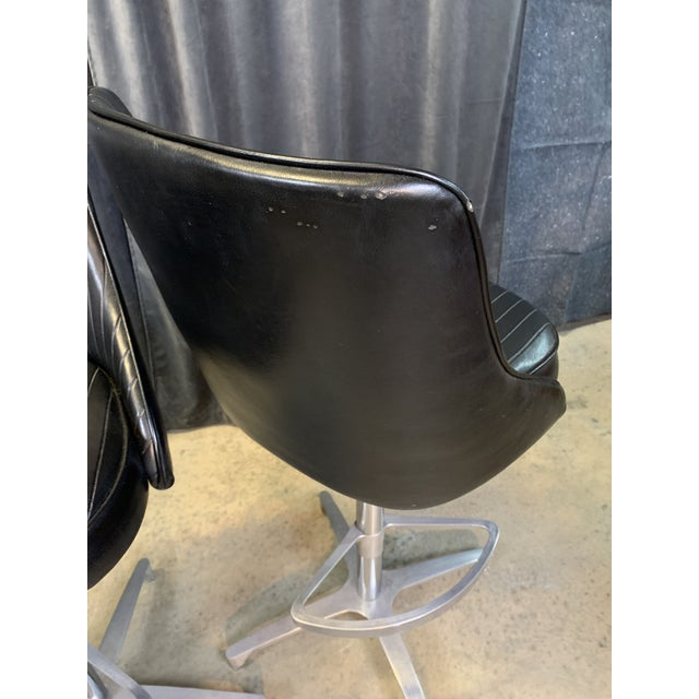 Metal 1960s Chromcraft Sculptura Swivel Stools - a Pair For Sale - Image 7 of 13