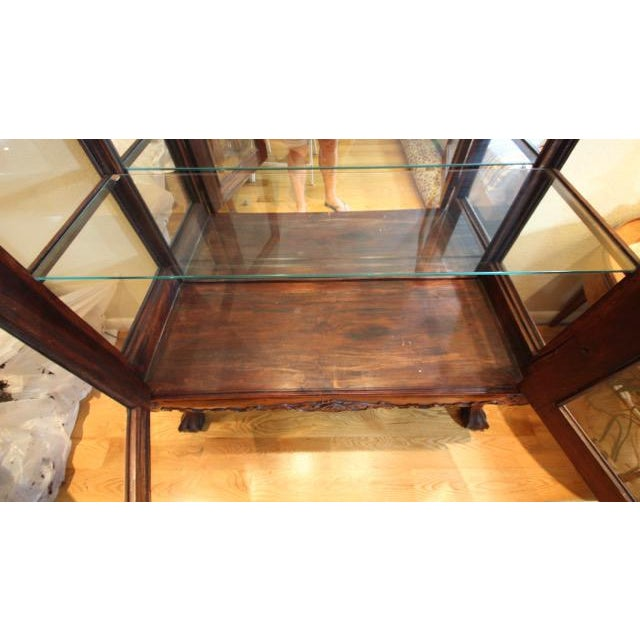 Chippendale / Queen Anne Style Display Cabinet with Ball and Claw Feet For Sale In Denver - Image 6 of 12