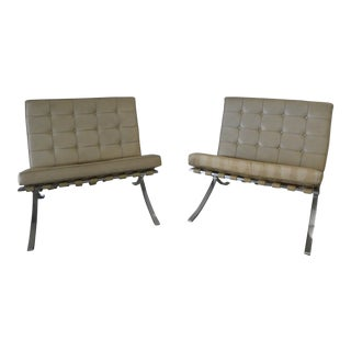 1980s Vintage Knoll Leather Barcelona Chairs- A Pair For Sale