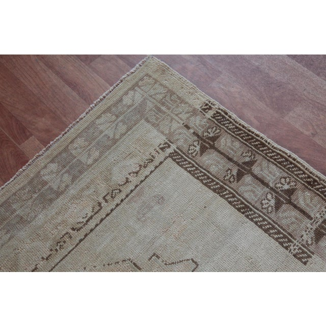 """Pink Vintage Turkish Muted Wool Rug - 3'11"""" x 5'10"""" For Sale - Image 8 of 11"""