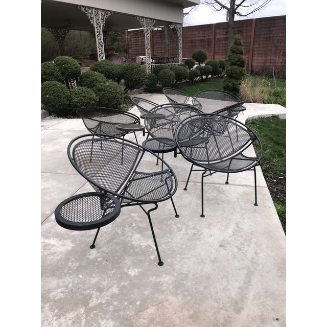 1950s Salterini Tempestini Radar Space Age MCM Mid-Century Modern Wrought Iron Lounge Patio Chairs With Tray Set #4 - a Pair For Sale - Image 11 of 13
