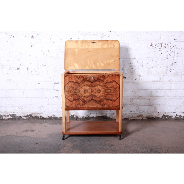 1930s Art Deco Burl Wood Rolling Bar Cart For Sale In South Bend - Image 6 of 13