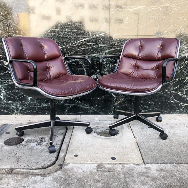 This is an of icon of mid-century modern design -- office chairs by Charles Pollock for Knoll. These chairs, with a hard...