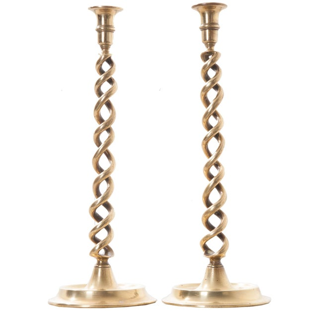 19th Century English Open Barley Twist Brass Candlesticks - A Pair - Image 7 of 7
